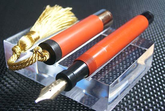 派克按尾式黑膠桿鋼筆